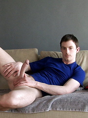 Young guy masturbates at home - Gay porn pics at GayStick.com