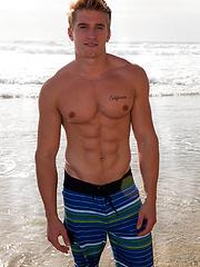 Beefy gay jock Jacob - Gay porn pics at GayStick.com