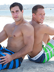 Chase and Randy bareback - Gay porn pics at GayStick.com