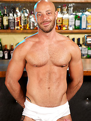 Sweet bearded Tim has been hanging around the bar, because the cute, charming bartender has been ... - Gay porn pics at GayStick.com