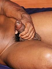 Tiger Unleashes His Roaring Big Cock - Gay porn pics at GayStick.com
