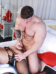 Zeb Threesome in Bed - Gay porn pics at GayStick.com