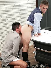 Adam Wirthmore calls in employee Leo Domenico - Gay porn pics at GayStick.com