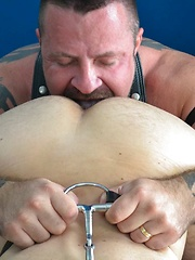 Alpha Top Marc Angelo In A Surprise Flip Fuck With Sam Black - Gay porn pics at GayStick.com
