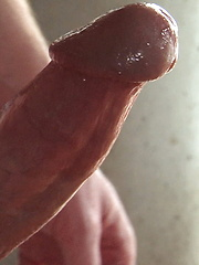 Chris King strokes his fat cock - Gay porn pics at GayStick.com