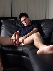 Big cocked boy masturbates - Gay porn pics at GayStick.com