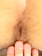 Alex Hayes cums on his chest - Gay porn pics at GayStick.com