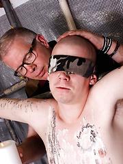 A Sensitive Cock Drained - Gay porn pics at Gaystick
