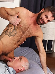 Marcus Isaacs has green bedroom eyes and a furry chest - Gay porn pics at GayStick.com