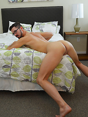 Shane submits and lets Conrad fuck him into the bed - Gay porn pics at Gaystick