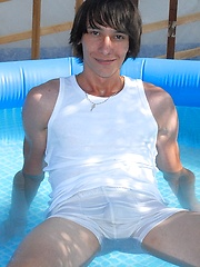 Eastern boy Dominic wet scene - Gay porn pics at GayStick.com