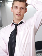 Lucas Pribal jerks off while wearing only his tie. - Gay porn pics at GayStick.com