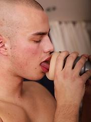 Landon Carter blows his load after fucking fleshlight. - Gay porn pics at GayStick.com