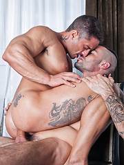 Robin Sanchez Begs for Issac Jones to Bareback His Ass - Gay porn pics at GayStick.com