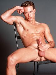 All-American gay pornstar - Gay porn pics at GayStick.com