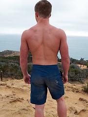 Burton solo pics - Gay porn pics at GayStick.com