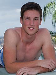 Smiley twink boy Cole - Gay porn pics at GayStick.com
