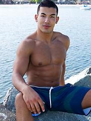 Jeb shows his perfect body - Gay porn pics at GayStick.com