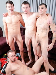 Circle Jerk Boys - 4 Boys 4 Cocks - Gay porn pics at Gaystick