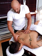 Men of Montreal – Toying With The Masseur - Gay porn pics at Gaystick