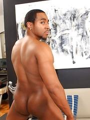 Next Door Ebony – Apex - Gay porn pics at GayStick.com