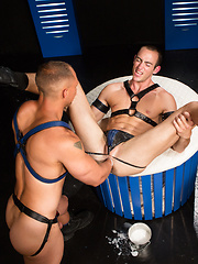 Club Inferno Dungeon – Fist Fuckers (Scene 2) - Gay porn pics at Gaystick