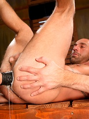 Club Inferno Dungeon – Red Handed (Scene 2) - Gay porn pics at GayStick.com