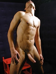 Ripped stud Pierre stroking his firm cock. - Gay porn pics at GayStick.com