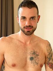 Hot 24 year old Fabio - Gay porn pics at Gaystick