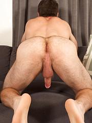 Oliver - Gay porn pics at GayStick.com