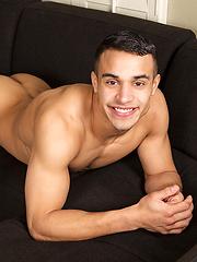 Luis - Gay porn pics at GayStick.com