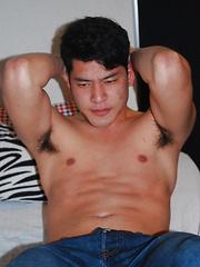 Surfs Up - Gay porn pics at GayStick.com