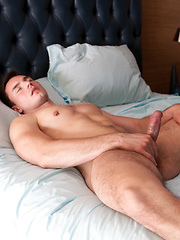 Andres Moreno shows off his hungry hole - Gay porn pics at GayStick.com