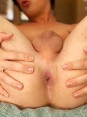 Justin Owen - Gay porn pics at Gaystick