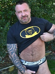 Beefy Daddy Marc Angelo Takes On Thick Hung Carlo Cox - Gay porn pics at GayStick.com