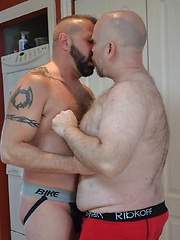 Cooper Hill And Steve Brody Fuck Like Giants - Gay porn pics at GayStick.com
