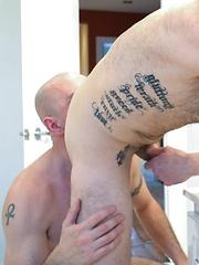 Sean Bonar Boned Raw By Troy Miller - Gay porn pics at GayStick.com