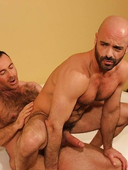 Brad Kalvo Rewards Adam Russo With Hot White Milky Cum - Gay porn pics at GayStick.com