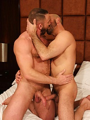 Shay Michaels Shows Us Why He's One Of The Hottest Rising Bareback Porn Tops - Gay porn pics at GayStick.com