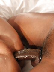 Austin Dallas Milks Champ Robinson With His Hole - Gay porn pics at GayStick.com