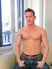 Ranier and Darius Ferdynand - Gay porn pics at GayStick.com