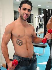 Riccardo - Gay porn pics at GayStick.com