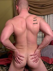 Gorgeous Recruit Niko Debuts - Gay porn pics at GayStick.com