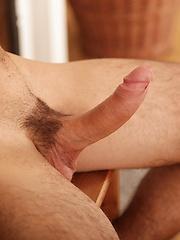 Gorgeous Peter Hood flexes his muscles and cock. - Gay porn pics at GayStick.com
