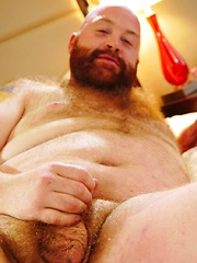 Ginger Bear Tate Taylor shows off his Fire Crotch - Gay porn pics at GayStick.com