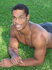 Black guy Clay shows amazing body - Gay porn pics at GayStick.com