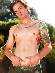 Chad Pitt - Gay porn pics at Gaystick