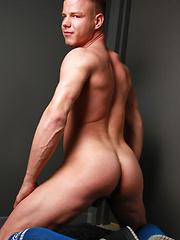 Tommy Defendi and Joseph Rough - Gay porn pics at GayStick.com