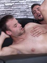 Lukas Noyy Barebacks Andrew Crime - Gay porn pics at GayStick.com