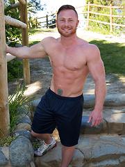 Sexy cowboy Kenton - Gay porn pics at GayStick.com